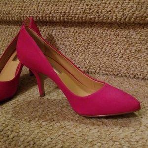 Hot pink heels!